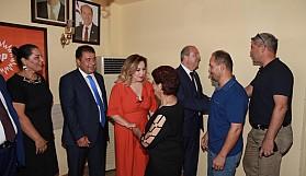 Başbakan Tatar, partilileriyle bayramlaştı