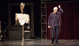 "Tiyatro Festivali ""Merhaba"" dedi"