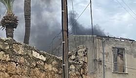 Mağusa Kaleiçi'nde yangın paniği