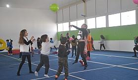Cimnastikçiler yeni yılı kutladılar