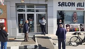 Geçitkale Belediyesi'nden bankalarda oluşacak yoğunluk için tedbirler