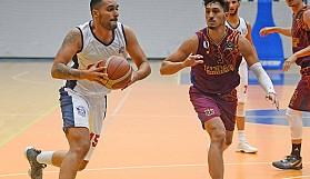YDÜ, Girne'de kazandı: 81-84