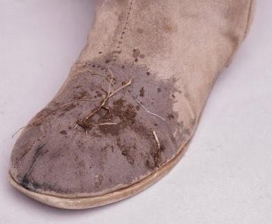 Süet botları nasıl temizlenir